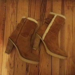 Chic Sundance heeled ankle boots. Made in Italy